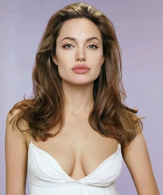 Angelina Jolie photos top paid actress 2011 Top 10 Highest Paid Hollywood Female Actresses 2010   2011