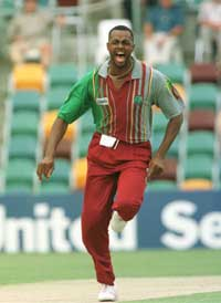 COURTNEY WALSH westindies Top 10 Best Fast Bowlers in Cricket History