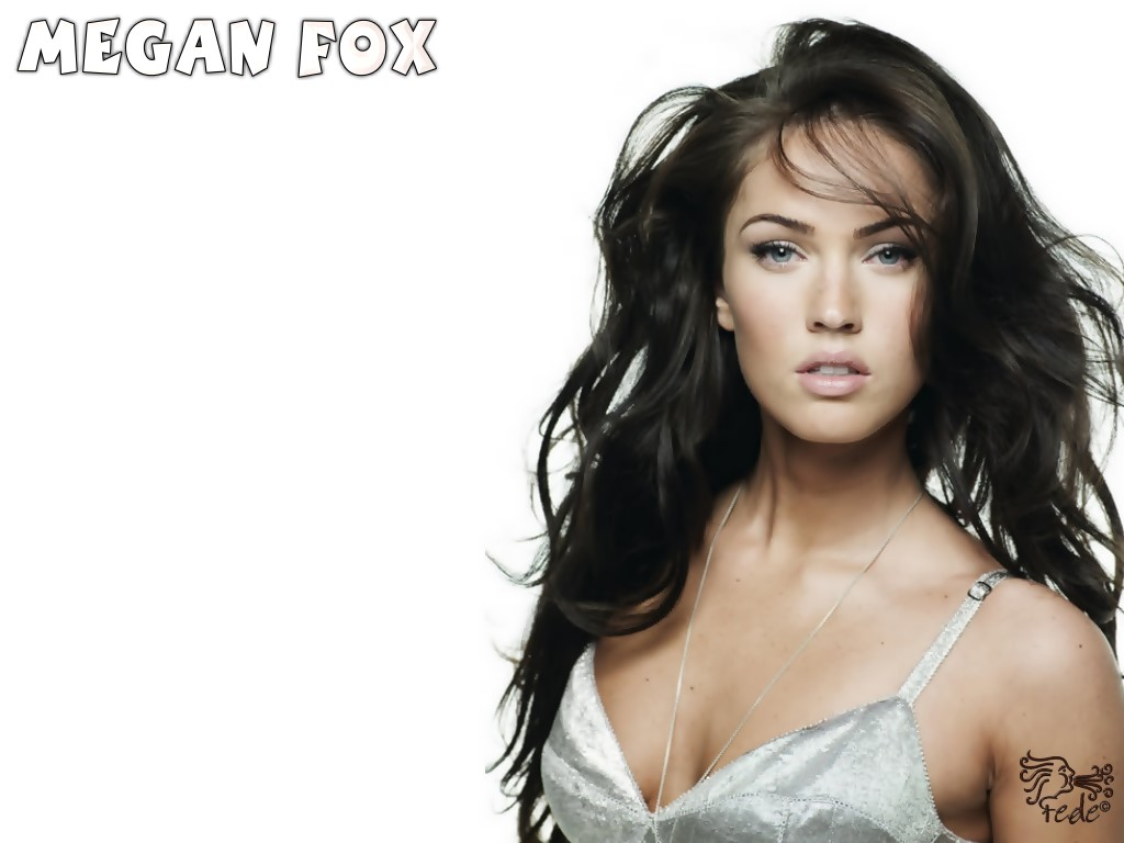 10 Hot Megan Fox Wallpapers