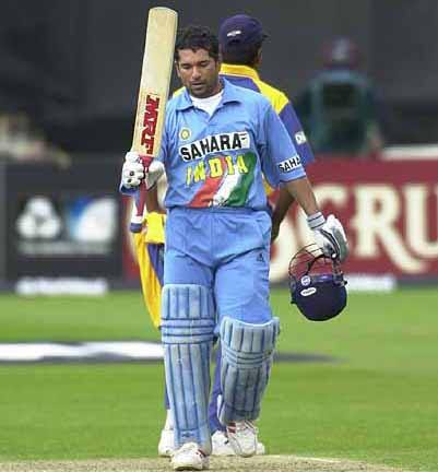 Sachin Tendulkar all time top cricketer 2011 Top 10 Best Cricketers of All Time in The World