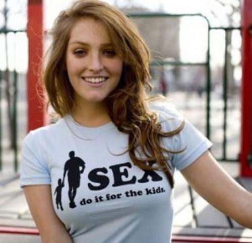 Sexy T Shirt Girls 001 300x289 Sexy T Shirt Girls 001