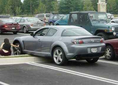 funny parking fail 8 10 Ways Not to Park Your Car   Parking Fail Pics