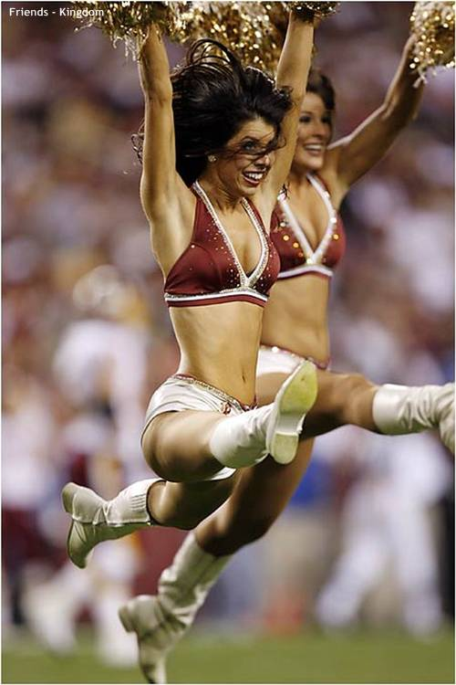hot sexy IPL cheerleaders 2011 4 Top 10 Hot IPL Cricket Cheerleader Photos
