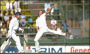 jeff thomson 1 Top 10 Best Fast Bowlers in Cricket History