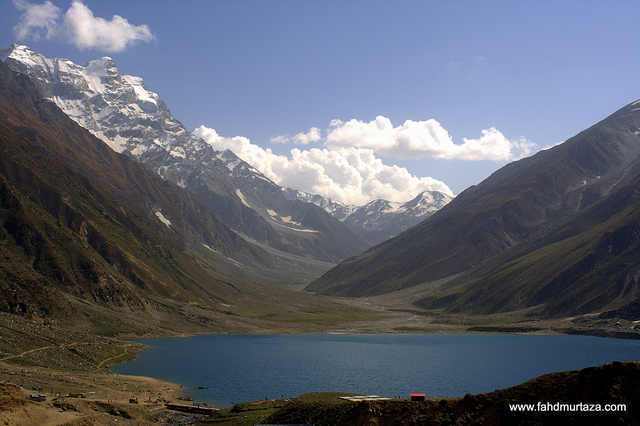 lake saiful malok pakistan 10 Most Beautiful Places in The World to Visit.