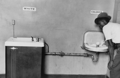 most famous photos Segregated Water Fountains Elliott Erwitt magnum photos Top 10 Most Famous Photographs