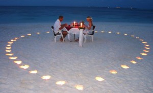romantic dinner this valentines day 2011 300x182 Top 10 Valentine's Day Gifts For Her 2011