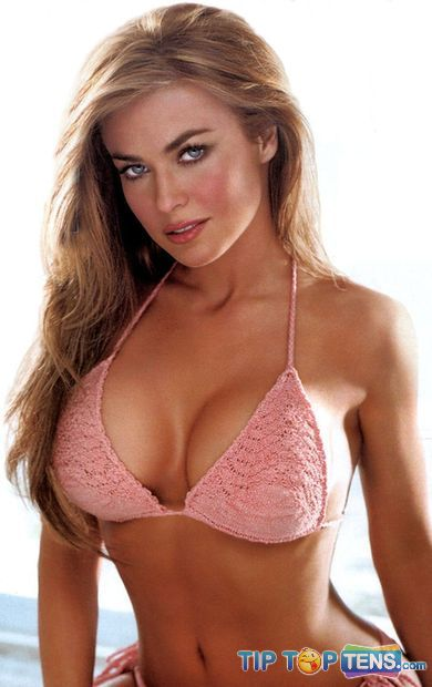 Carmen Electra 10 Famous Celebrities Who Used To Be a Stripper