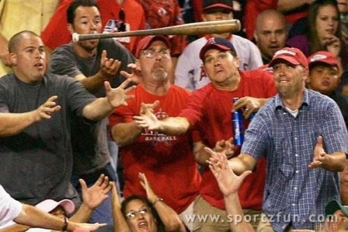 Crazy fans 2 10 Crazy and Funny Sports Fan Pics