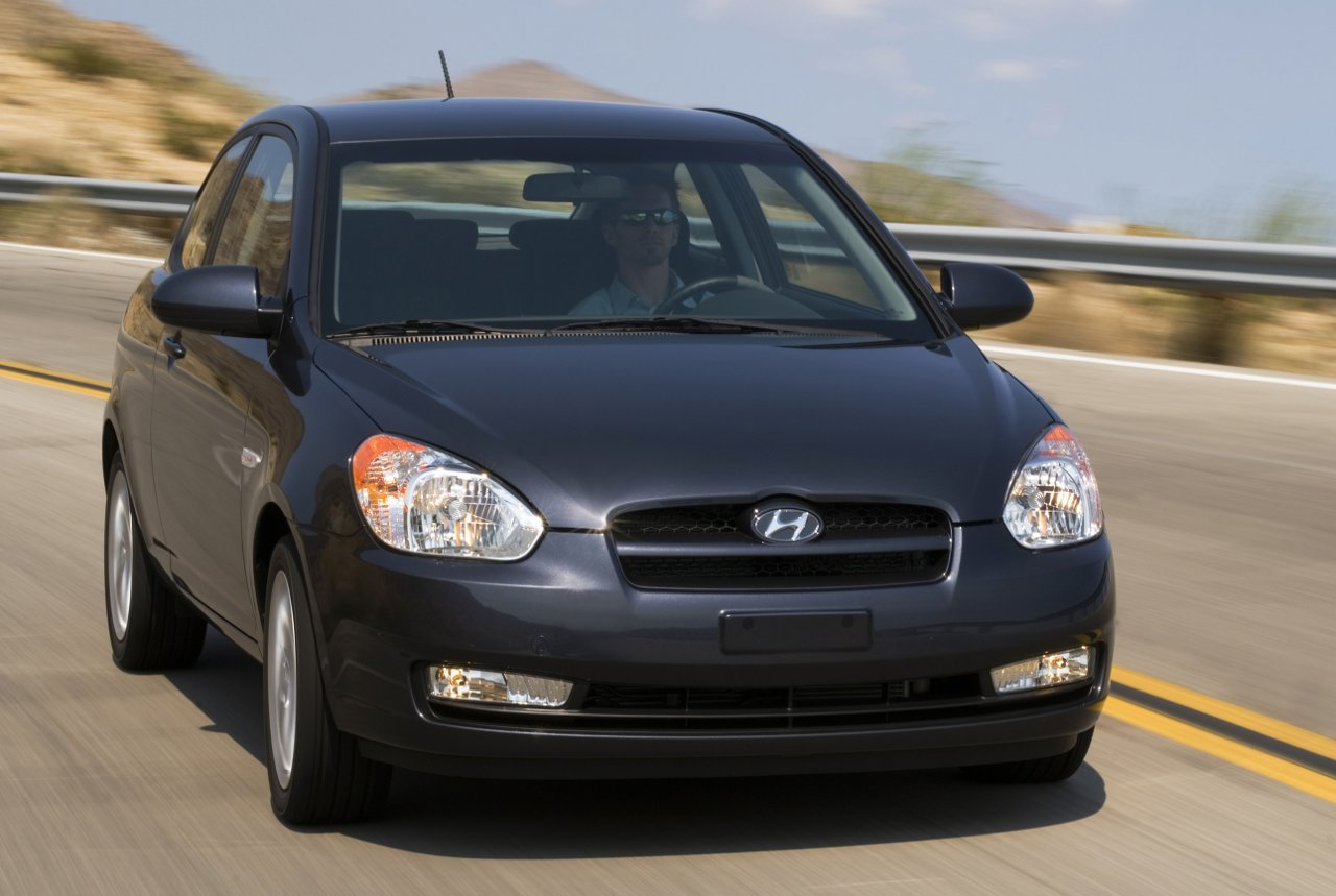 Hyundai Accent GL Top 10 Most Affordable Cars in US – 2011