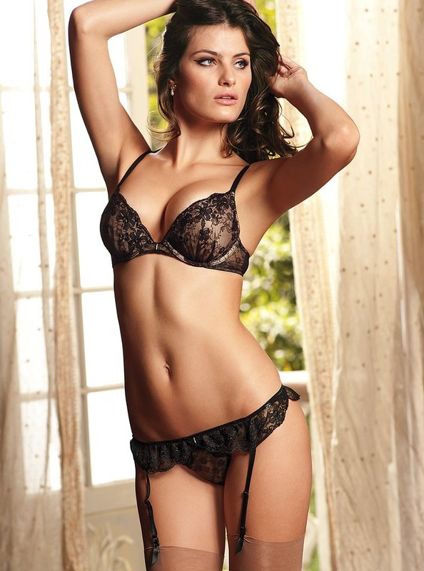 Isabeli Fontana cute 4 Top 10 Hot Isabeli Fontana Photos   Victorias Secret