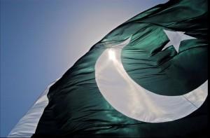 Pakistan bendera 300x197 Top 10 Negara paling padat di 2011