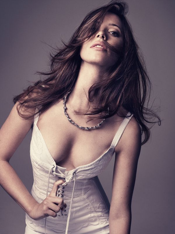 Rebecca Hall Top 10 Sexiest Young British Actresses