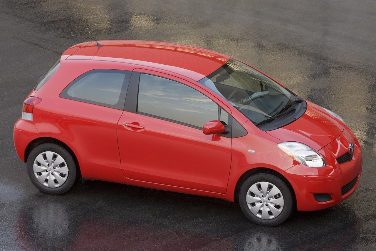 Toyota Yaris 3 door Liftback Top 10 Most Affordable Cars in US – 2011