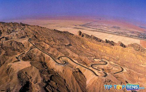 jebel hafeet Top 10 Arab Places to Visit When You Go to Dubai