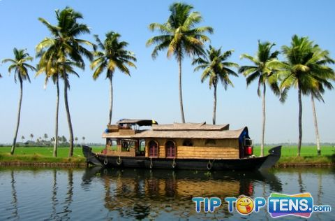 kerala Top 10 Places To Visit in INDIA