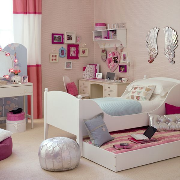 tenage girls bedroom1 10 Unique Girl Bedrooms Design Ideas