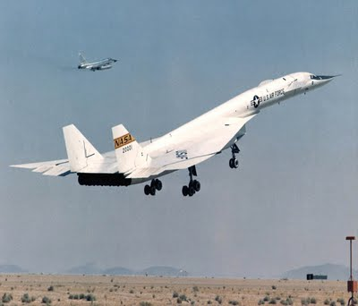 7 XB 70 Valkyrie 10 Fastest Jet Aircraft In The World