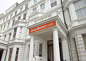 easy hotel 10 Most Affordable Luxury Hotels In London