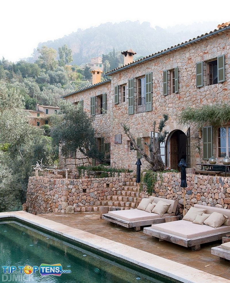 1 4 10 Photos Of The Awesome Cave House in Mallorca   Spain