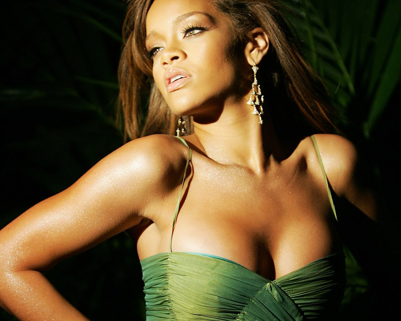Rihanna 2011 10 Best Rihanna Songs   Videos