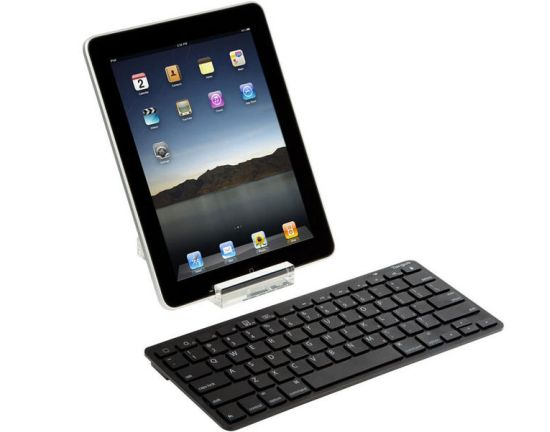 Targus Bluetooth Wireless Keyboard 10 Must Have iPad 2 Accessories