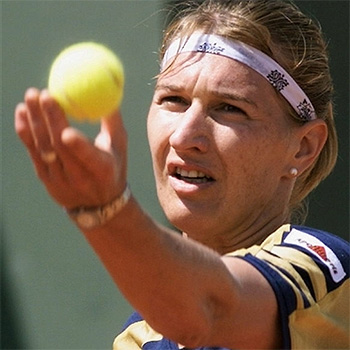 steffi graff Top 10 Female Tennis Players With Most Titles In Wimbledon
