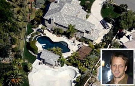 0814 e1311846419727 Top 10 Biggest Celebrity Houses