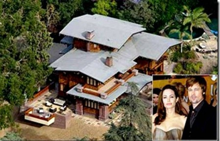 1012 e1311846270343 Top 10 Biggest Celebrity Houses