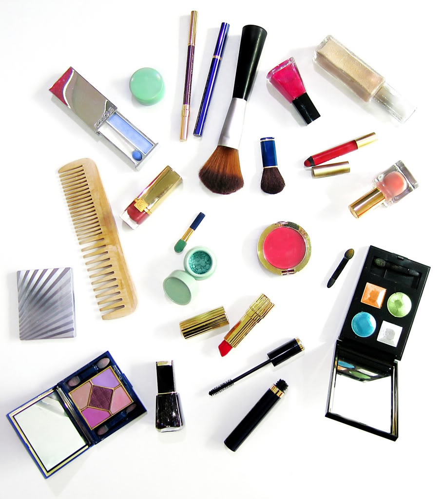 Makeup1 10 Best 21st Birthday Gifts For Girls