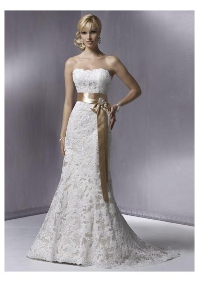 Popular Wedding Gown Designers on Top 10 Trending Wedding Dress Ideas In 2011   Designs And Styles
