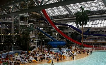 0411 e1312891770535 Top 10 Largest Water Parks
