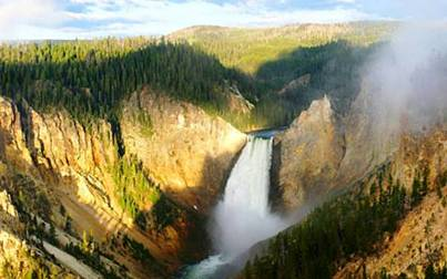 5. Yellowstone Park Wyoming Top 10 Most Beautiful Places to Visit in North America
