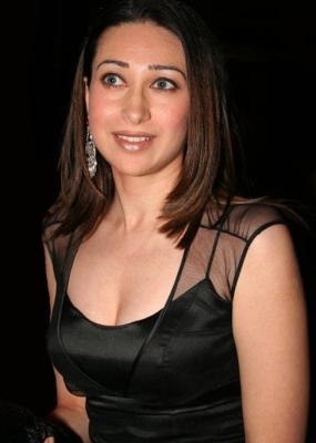 Karisma Kapoor Top 10 Supermoms of Bollywood