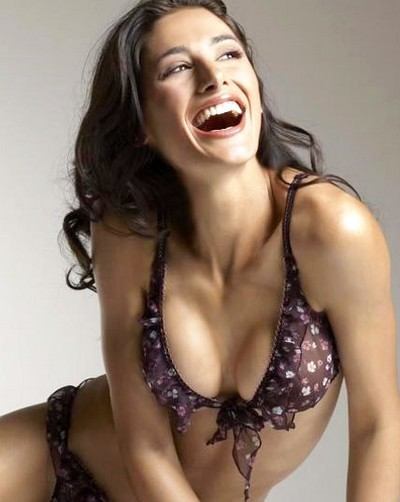 Nargis Fakhri Top 10 Hottest Female Debuts In Bollywood 2011