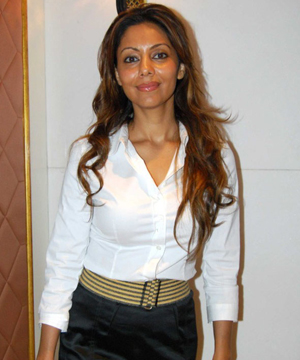 gauri khan Top 10 Supermoms of Bollywood