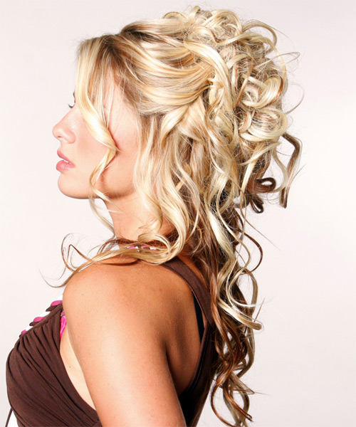 half up Top 10 Best Curly Hairstyles