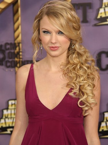 Top 10 Best Curly Hairstyles