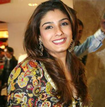 raveena tandon Top 10 Supermoms of Bollywood