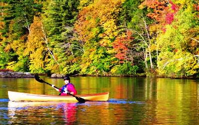 10. Boating or kayaking Top 10 Things to Do During the Fall Season