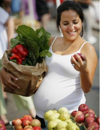 6. Nutrition for Pregnant Women e1317407648744 Top 10 Activities on Child's Health Day