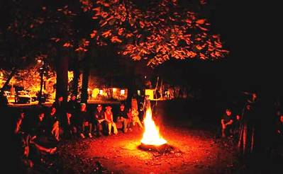 6. Spending evenings on campfires Top 10 Things to Do During the Fall Season