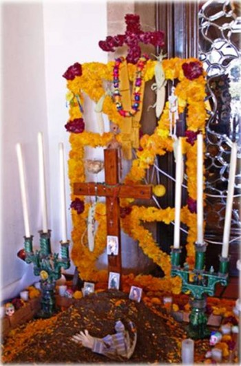 8. Constructions of Altar Decorated with Marigold e1316199823886 10 Facts about the Day of the Dead