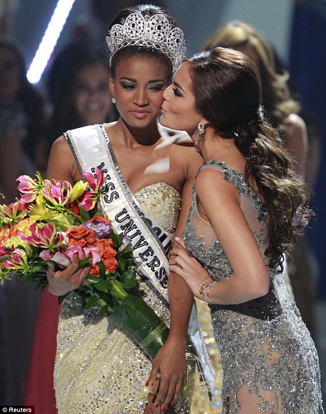 leile lopes miss universe 2011 after crown 10 Leila Lopes Miss Universe 2011 Photos 