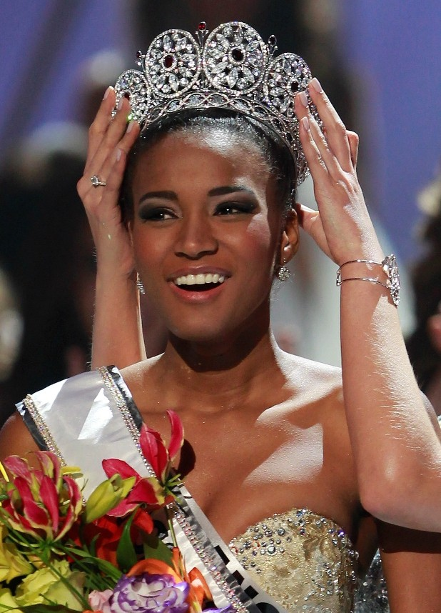 miss universe 2011 crowned  10 Leila Lopes Miss Universe 2011 Photos 