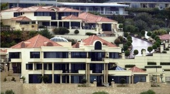 1. The Saunder's Street Mansion Perth WA e1319138611920 Top 10 Most Expensive Houses in Australia