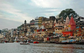 3.Varanasi e1320043803346 Top 10 Oldest Historical Places in the World