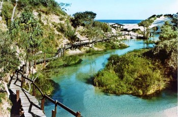 4. Fraser Island e1319186003505 Top 10 Best Places to Visit in Australia