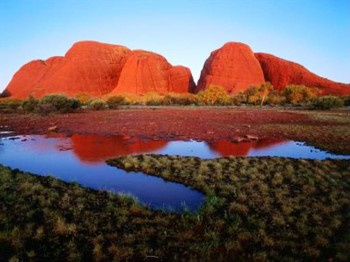 6. Uluru and Kata Tjuta National Park e1319185898107 Top 10 Best Places to Visit in Australia