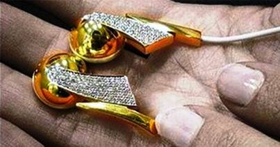 8. Gold and Diamond Earbuds 10 Most Expensive Things That Should Not Be Expensive At All